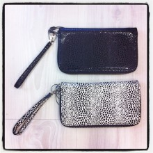 Pochette pelle cheap monday
