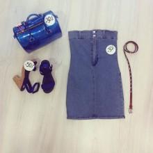 vestito di jeans con tasche dietro