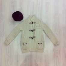 Heavy cardigan with toggles